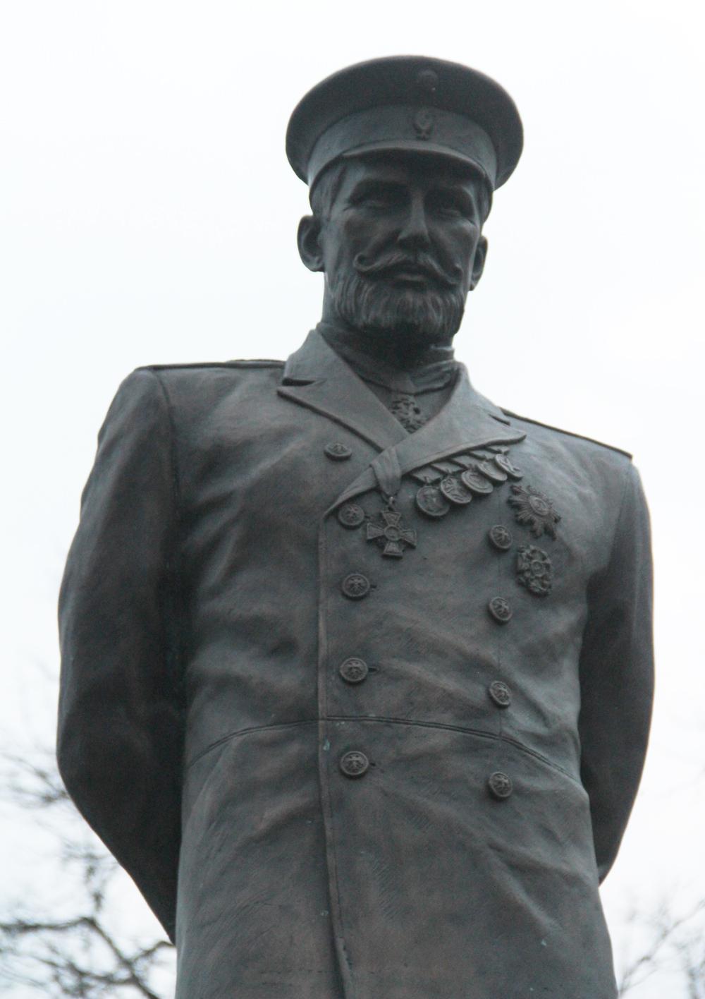 Памятник Петру Столыпину в Серпухов 4